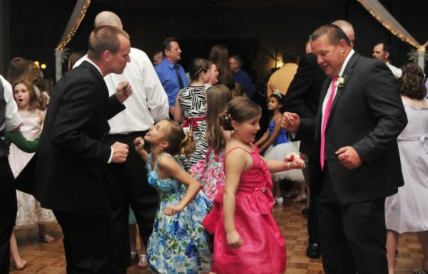 fathers dancing with daughters