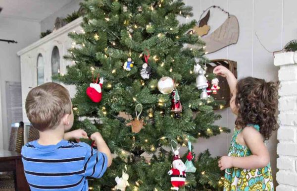 children with christmas tree
