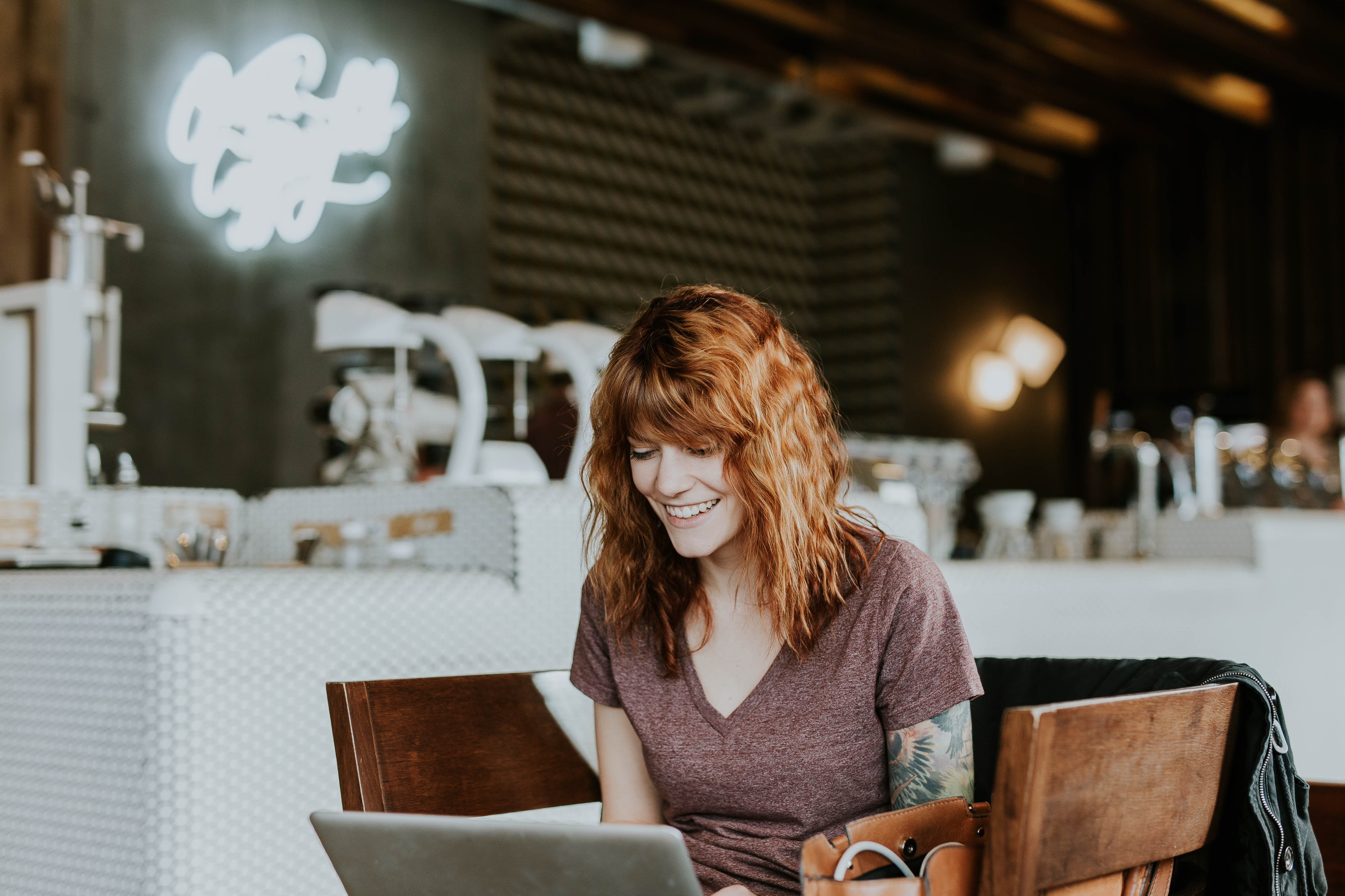 Woman reviews the best crowdfunding platforms in Australia